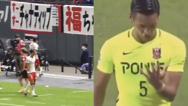 """อีกมุม """"มากิโนะ"""" ปราการหลังทีมชาติญี่ปุ่น ปลอบใจ """"ชนาธิป"""" แนวรุกทีมชาติไทย"""