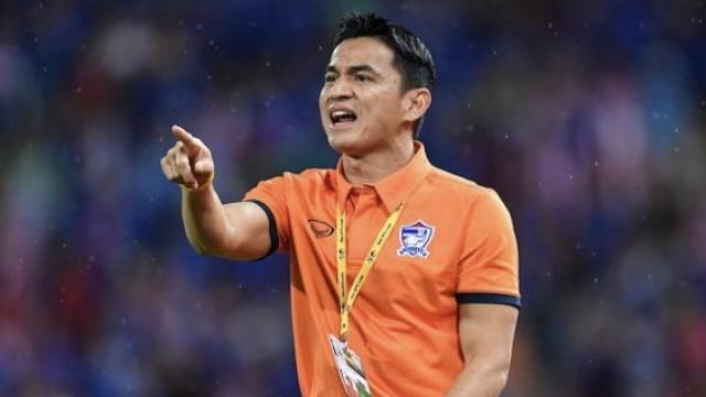 """แฟนบอลอาเซียนพูดถึง """"ซิโก้"""" อดีตกุนซือทีมชาติไทย หลังเปิดตัวคุมทัพทีมสโมสรเวียดนาม"""