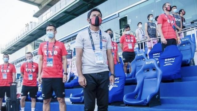 """หลายทีมไทยลีกยังไม่รู้ """"โค้ชธชตวัน"""" เผยวิธีแก้ทาง บีจี ปทุม"""