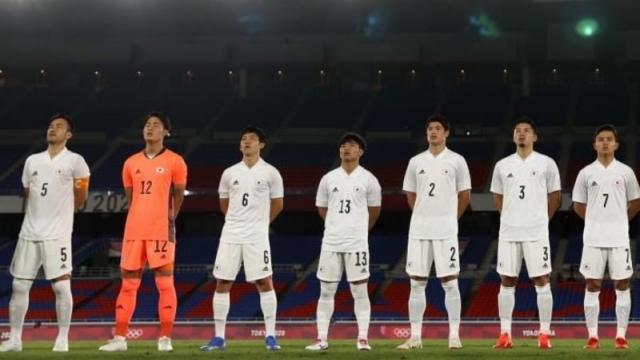 """เหรียญทองประวัติศาสตร์ใกล้เข้ามา โปรแกรม """"ทีมชาติญี่ปุ่น"""" รอบก่อนรอง OLP"""