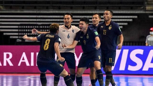 """ความรู้สึกแฟนอาเซียน ก่อนเกม """"ทีมชาติไทย"""" ดวลอันดับ 7 โลก"""